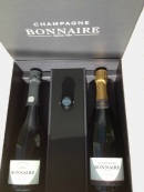 Gift set selection of 2 bottles of Champagne with stopper